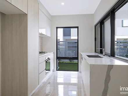 9/33 Sickle Avenue, Hope Island 4212, QLD Townhouse Photo