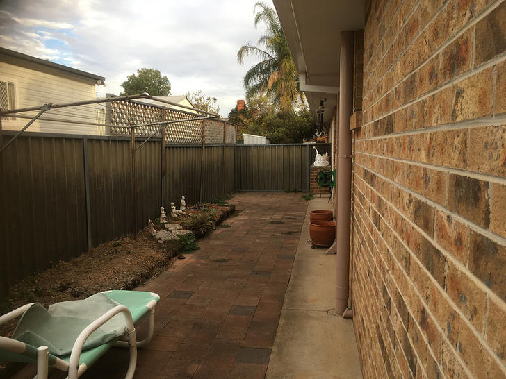 1/2 Adam Street, Tamworth 2340, NSW House Photo