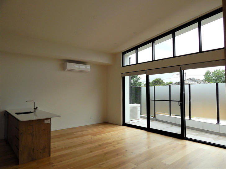 2/748 High Street, Reservoir 3073, VIC Townhouse Photo