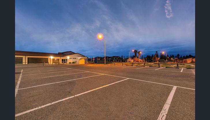Jib Court, North Haven 5018, SA House Photo