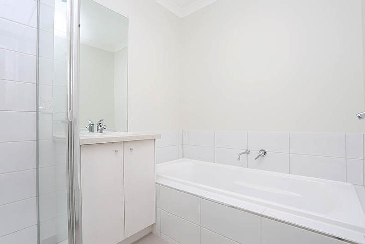 4/8 The Crossing, Caroline Springs 3023, VIC Townhouse Photo