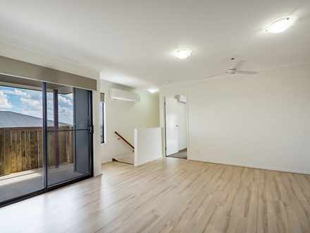 2/10 Carlin Street, Glenvale 4350, QLD Duplex_semi Photo