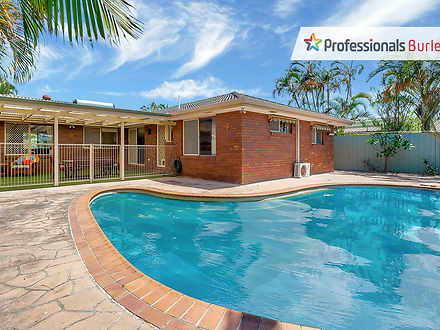 102 Auk Avenue, Burleigh Waters 4220, QLD House Photo