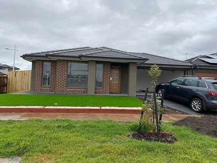 8 Biscotti Crescent, Manor Lakes 3024, VIC House Photo
