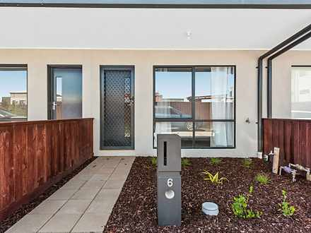 6 Rubus Way, Pakenham 3810, VIC Townhouse Photo