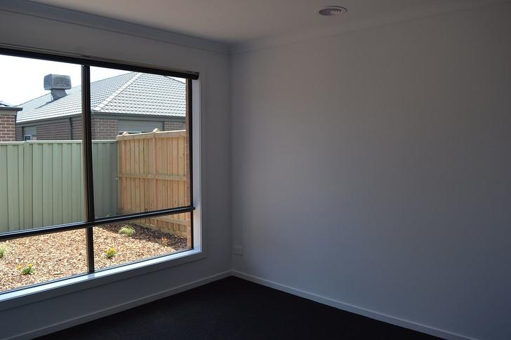 42 Lotus Street, Pakenham 3810, VIC House Photo