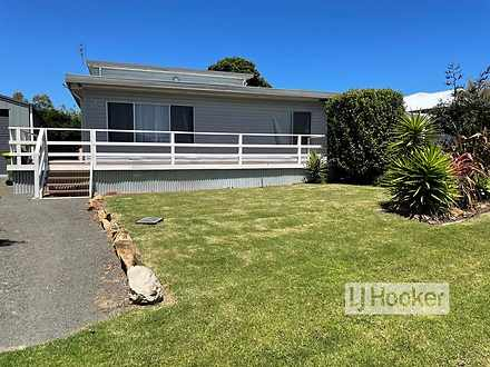 4 Government Road, Paynesville 3880, VIC House Photo