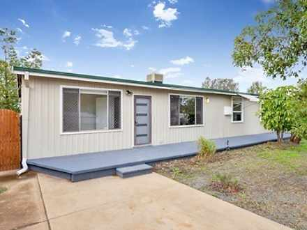 137 Lewis Street, Lamington 6430, WA House Photo
