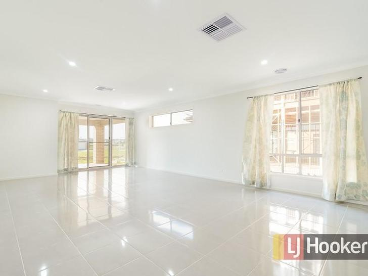 27 Cottongrass Avenue, Clyde North 3978, VIC House Photo