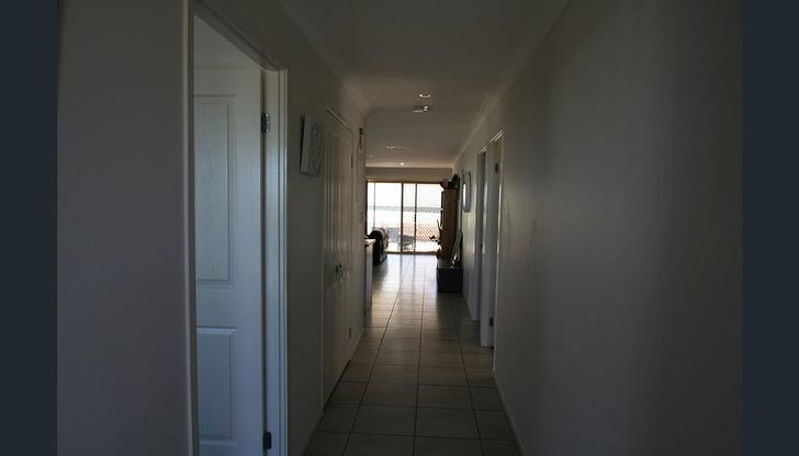 6 HILLCRES 6 Hillcrest Street, Emerald 4720, QLD House Photo