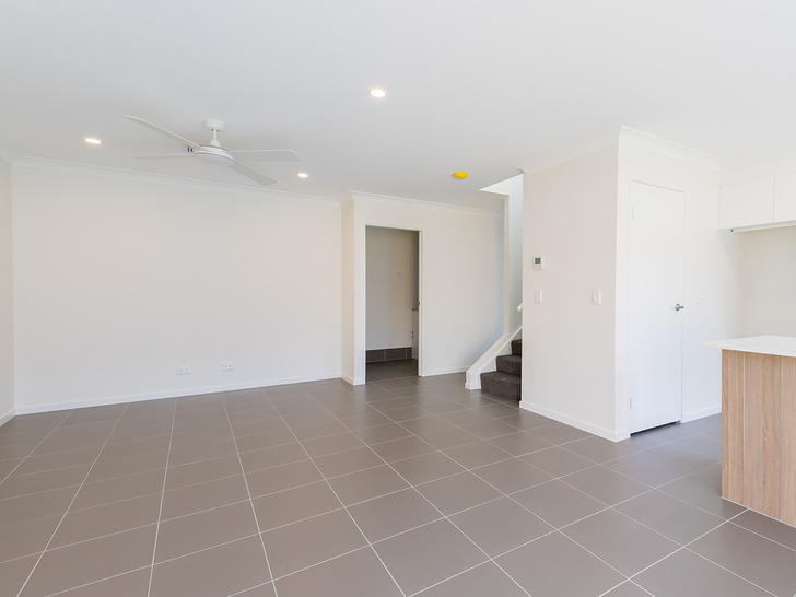 11/15 Mayfair Street, Doolandella 4077, QLD Townhouse Photo
