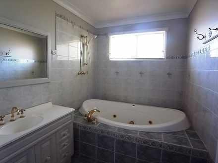 29d808cb58a5a7fab0ebeee9 bathroom 762d 5167 59ae f38e 2fae 5fa2 9b84 5fd6 20210112075539 original 1610403575 thumbnail