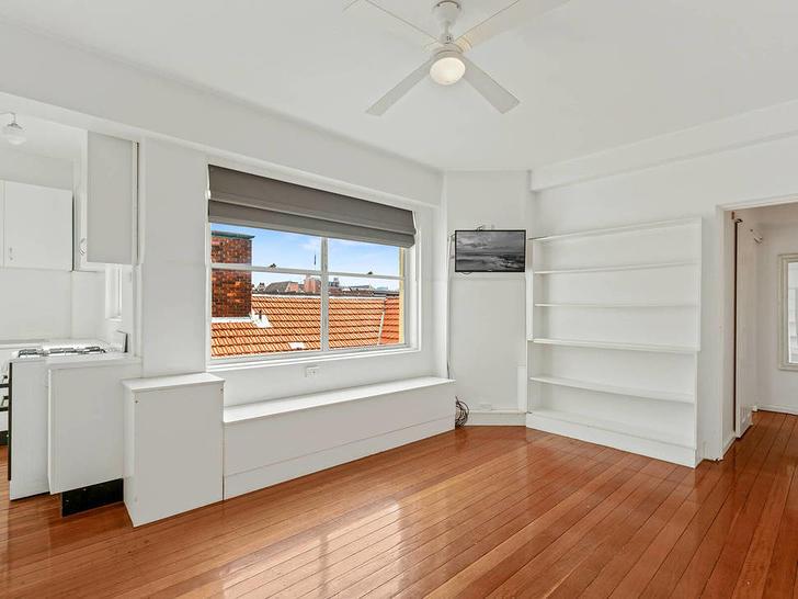 83/117 Macleay Street, Potts Point 2011, NSW Studio Photo
