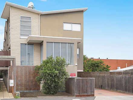 2/6 Rosamond Road, Footscray 3011, VIC Townhouse Photo
