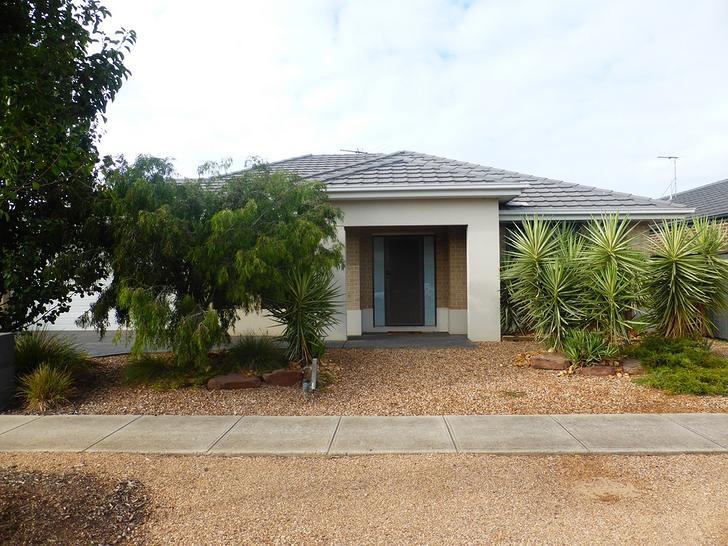 3 Kiah Drive, Point Cook 3030, VIC House Photo