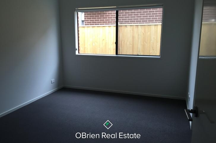 11 Viewgrand Drive, Pakenham 3810, VIC House Photo
