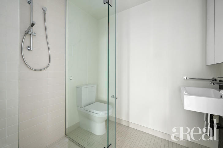 2A/9 Waterside Place, Docklands 3008, VIC Apartment Photo