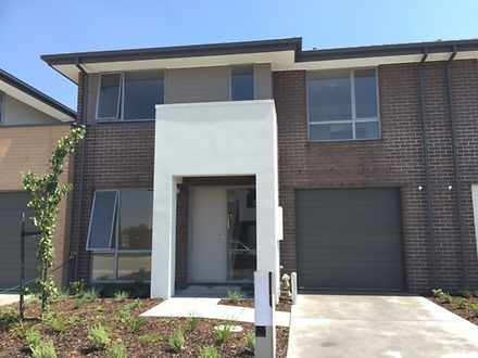 7 Botanic Place, Wantirna South 3152, VIC House Photo