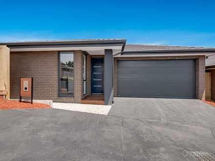 1 Butina Crest Crescent, Pakenham 3810, VIC Townhouse Photo