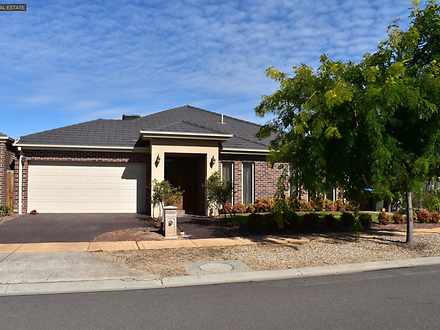 12 Dunlin Crescent, Williams Landing 3027, VIC House Photo