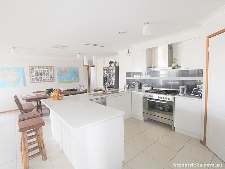 11 Tahara Crescent, Estella 2650, NSW House Photo