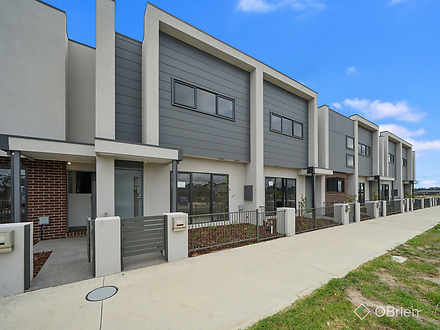 104 Henry Street, Pakenham 3810, VIC Townhouse Photo