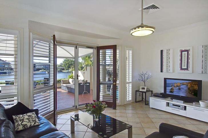 2/161 Stanhill Drive, Chevron Island 4217, QLD Duplex_semi Photo