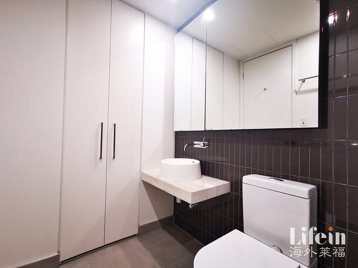 2211/155 Franklin Street, Melbourne 3000, VIC Apartment Photo