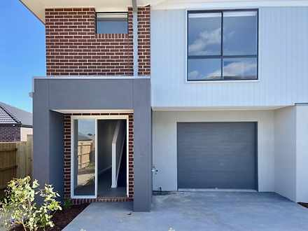 14 Verdelho Way, Clyde North 3978, VIC Townhouse Photo