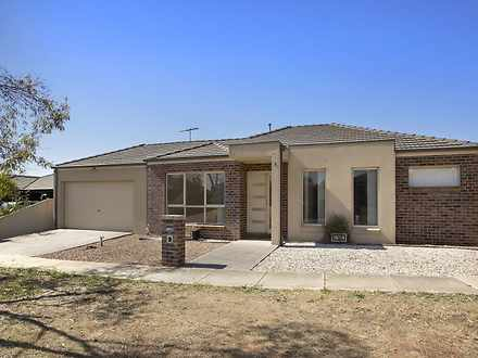1/37 Lomandra Bowl, Melton West 3337, VIC House Photo