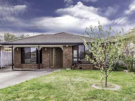 28 Roser Drive, Altona Meadows 3028, VIC House Photo