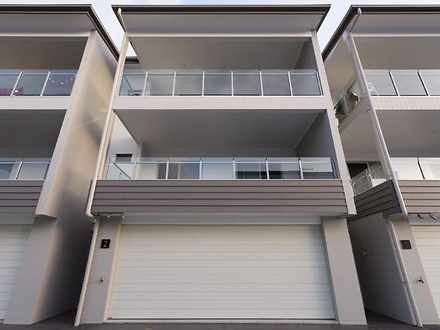 1/118 Jones Road, Carina Heights 4152, QLD Townhouse Photo