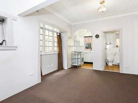 12/35 Roslyn Street, Potts Point 2011, NSW Studio Photo