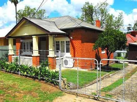 325 Ampleforth Street, East Albury 2640, NSW House Photo