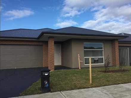 22 Starling Street, Cranbourne East 3977, VIC House Photo