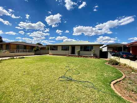 20 Downes Crescent, Parkes 2870, NSW House Photo