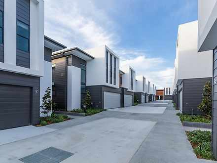 2188 Meadowlands Road, Carina 4152, QLD Townhouse Photo