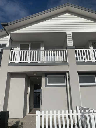6 Panillo Walk, Clyde North 3978, VIC Townhouse Photo
