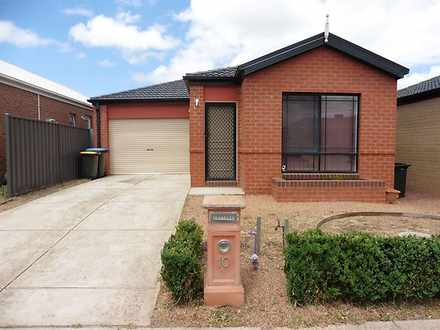 10 Cogley Street, Manor Lakes 3024, VIC House Photo