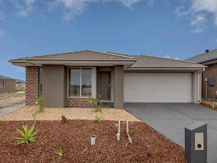 26 Harper Crescent, Cranbourne West 3977, VIC House Photo