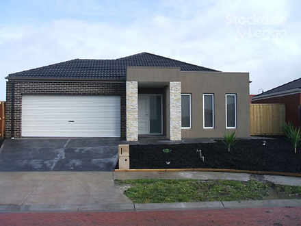 73 Stagecoach Boulevard, South Morang 3752, VIC House Photo