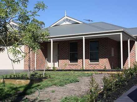 1/48-50 Stephen Street, Gisborne 3437, VIC House Photo