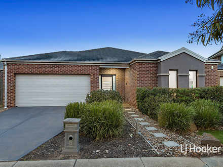 8 Mystic Grove, Point Cook 3030, VIC House Photo