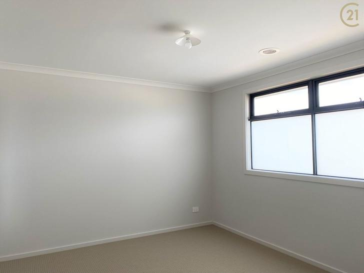 14 Bronnie Street, Clyde North 3978, VIC House Photo