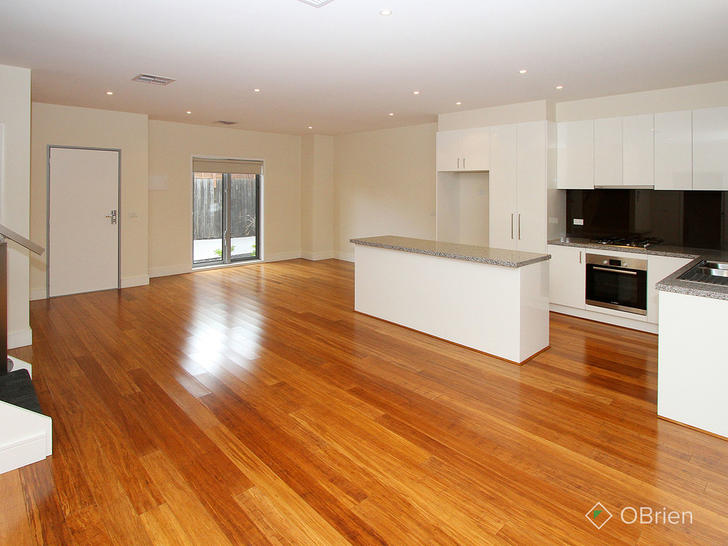 2/15 Mia Close, Reservoir 3073, VIC Townhouse Photo