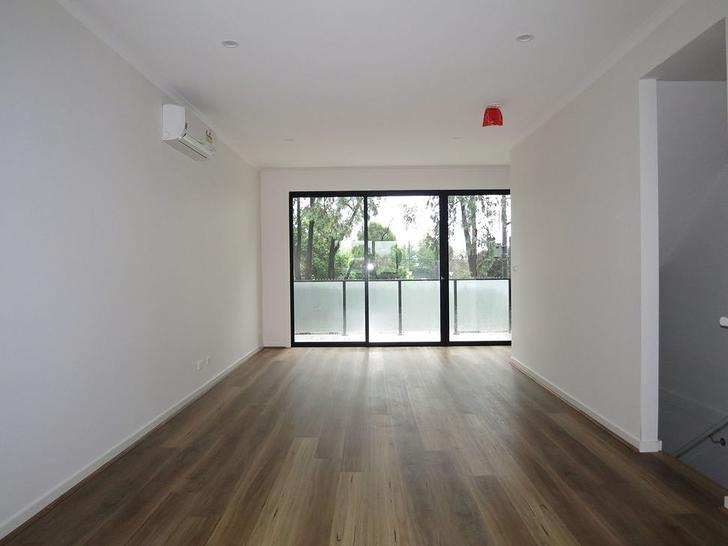 2/62 Station Street, Bayswater 3153, VIC Townhouse Photo