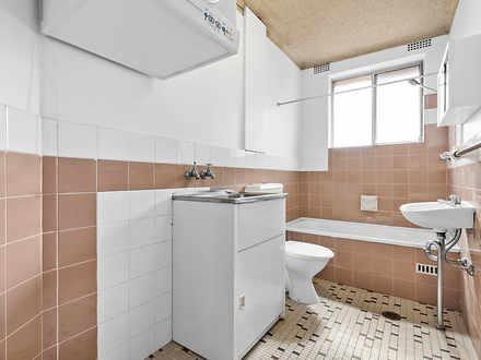 Af0ac2a8c9846ad14f9136bb 10321 12 50westparade bathroom web 1612235567 thumbnail