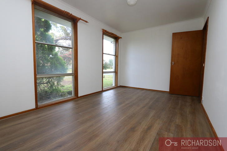 10 Cobbler Street, Werribee 3030, VIC House Photo