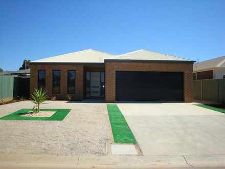 2 Saville Court, North Bendigo 3550, VIC House Photo