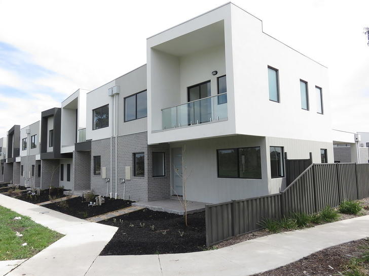 5 Enoch Walk, Wollert 3750, VIC Townhouse Photo